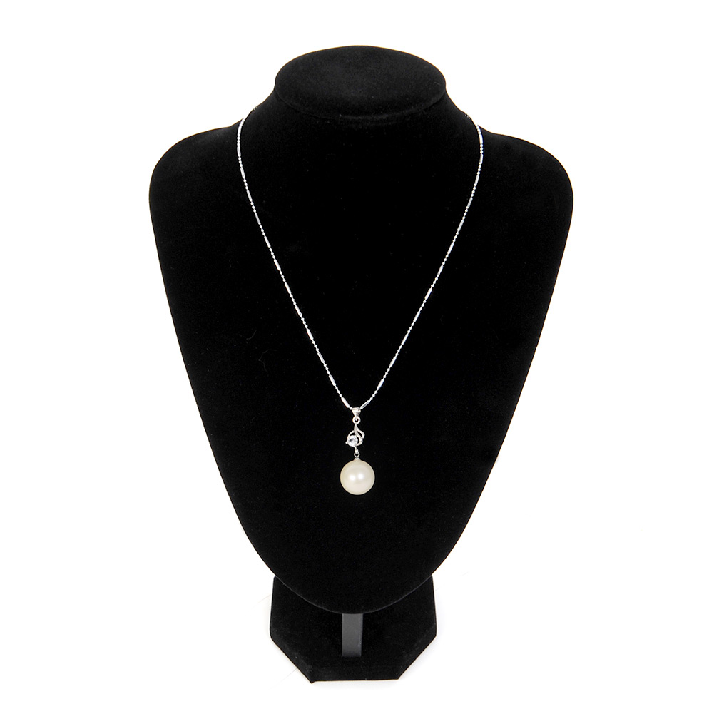 quality black velvet necklace pendant display bust model